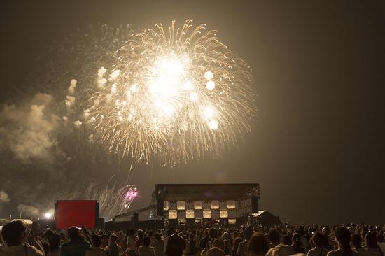 夕日コンサート画像3.jpg