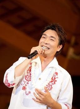 新潟でハワイアン微笑.jpg