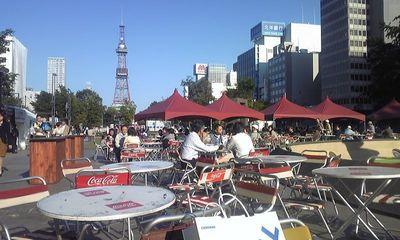 札幌大通り公園で9月.jpg